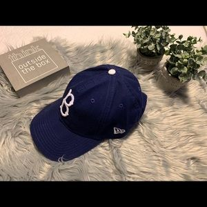 Brooklyn Dodgers Jackie Robinson cap.